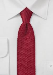 Krawatte in klassischem Dunkelrot